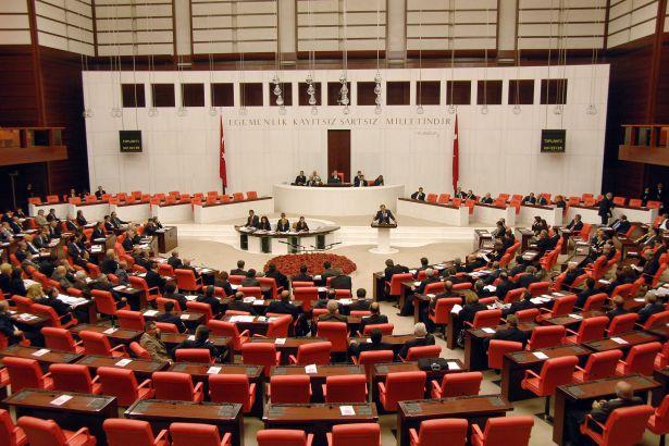 OHAL sonrası bazı tedbirlerin uzatılmasını da içeren düzenlemeler kabul edildi