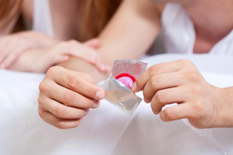 Bakanlık prezervatif dağıtacak