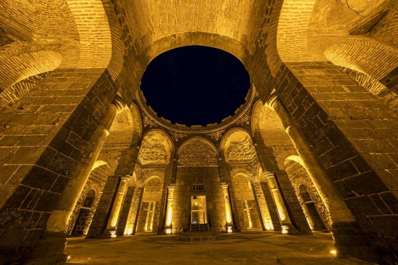 Diyarbakır'daki 1600 yıllık kilise, sanat galerisi olacak