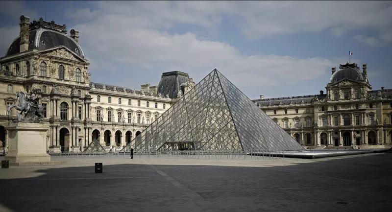 Louvre Müzesi, 228 yıldır ilk kez bir kadın tarafından yönetilecek