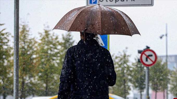 Meteoroloji'den İstanbul ve birçok ile sağanak yağış uyarısı