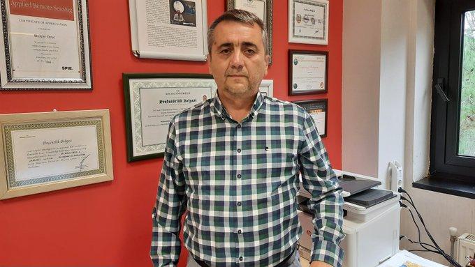 bülent oruç,tsunami,Prof. Dr. Oruç: Marmara Denizi'nde tsunami insanları denize sürükleyebilir