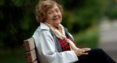 107. yaşını kutlayan Muazzez İlmiye Çığ: 'Sigara ve içkiyi hayatımda hiç kullanmadım'