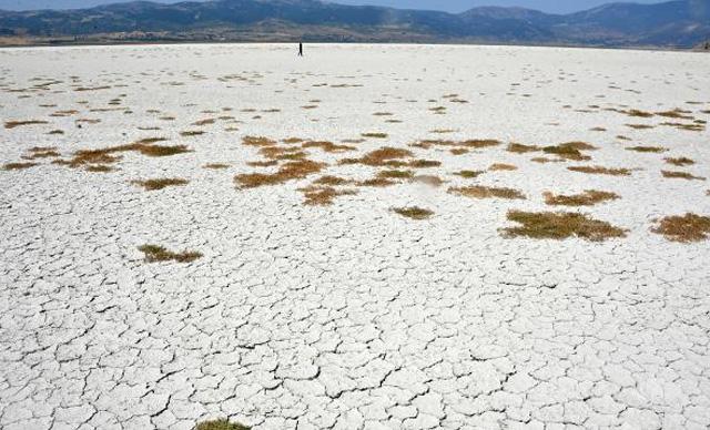 'Doğu ve Güneydoğu'da kuraklık tehlikesi sürüyor'