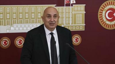 'Erdoğan büyükelçileri 'istenmeyen adam' ilan ederse kadın büyükelçiler ne yapacak?'