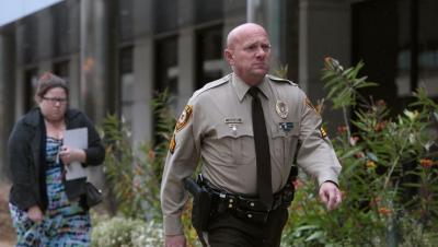 Eşcinsel polis memuru açtığı davadan 20 milyon dolar tazminat kazandı