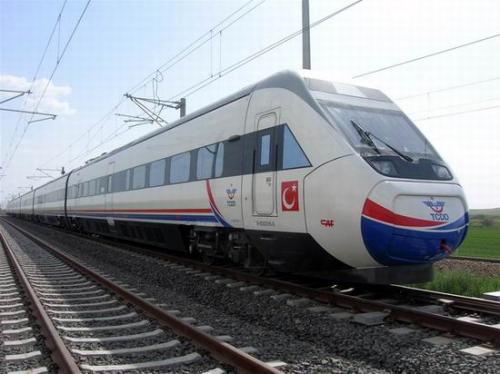 Yeni trenlerin rengini vatandaş seçecek!