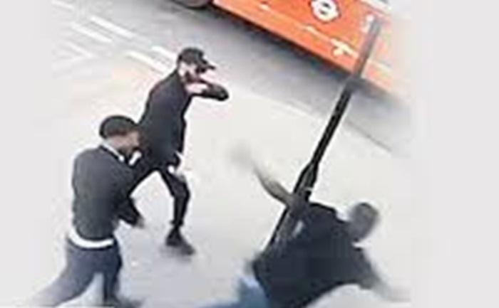 İngiltere'de Türk çete eşcinsellere asit ile saldırdı