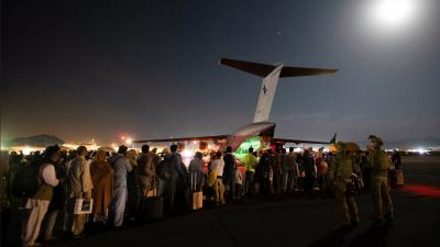 'Kabil Havaalanı'na giden yollardan geçişleri Afganlara kapattık'