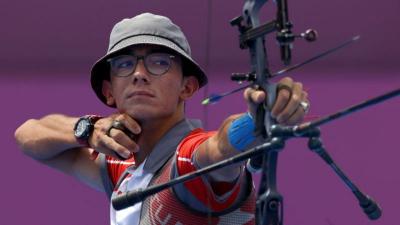 Milli Okçu Mete Gazoz, Türkiye'ye ilk Olimpiyat altınını kazandırdı