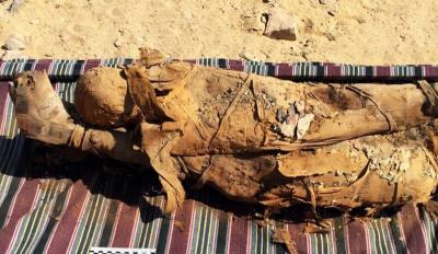 Mısır'daki mezarda 35 mumya bulundu