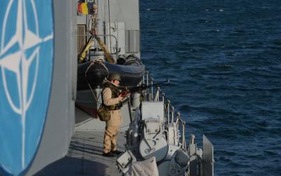 NATO gemileri Karadeniz'e girdi