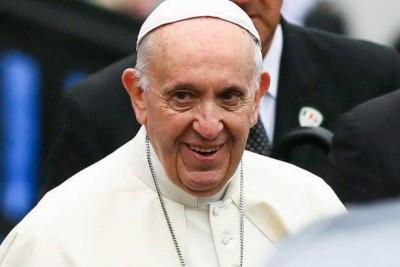 Papa: Eşcinsel eğilim gösteren çocuğu görmezden gelmek hata