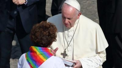 Papa'dan LGBT bireylere: Tanrı onları oldukları gibi seviyor