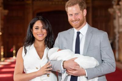 Prens Harry, kızının doğum belgesine