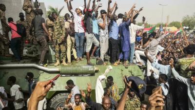 Sudan'da Başbakan Abdullah Hamduk tutuklandı