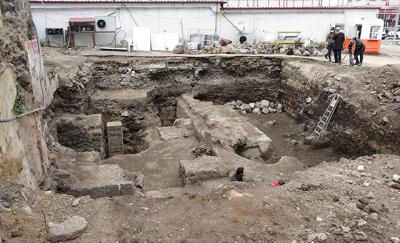 Trabzon'da otopark kazısında İmparator Hadrianus dönemi kalıntıları çıktı