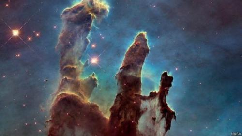 Hubble, Yaradılış Sütunları'nın fotoğrafını çekti!